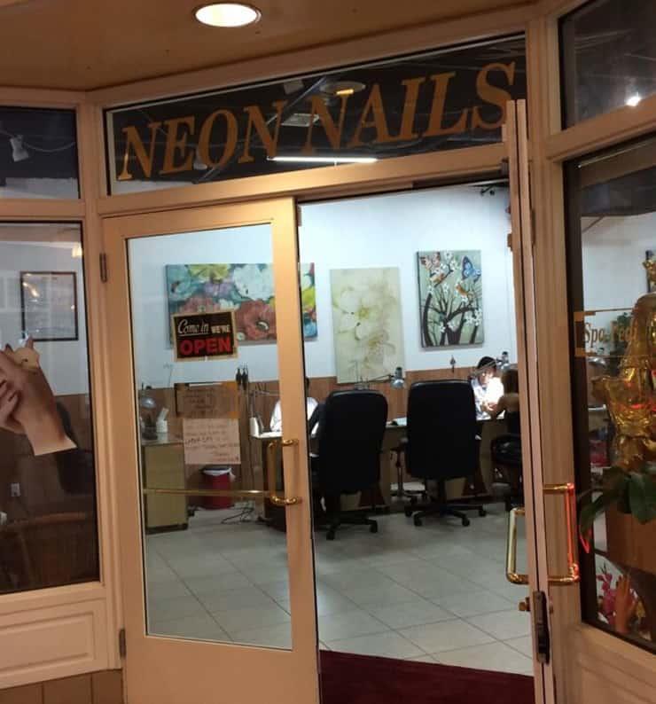 Neon Nails & Spa